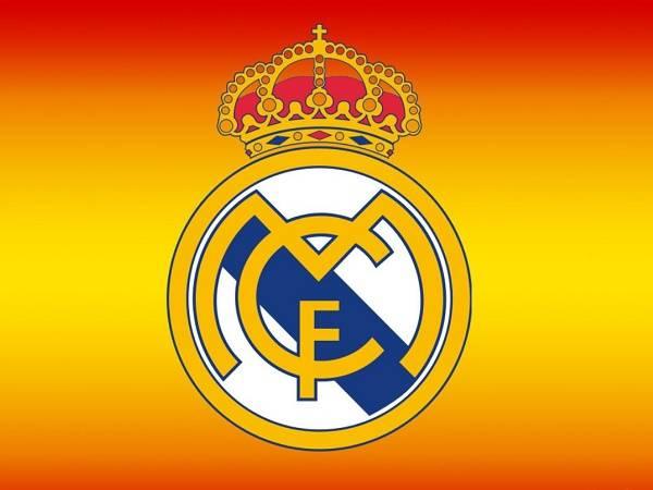 Real Madrid logo năm 2001
